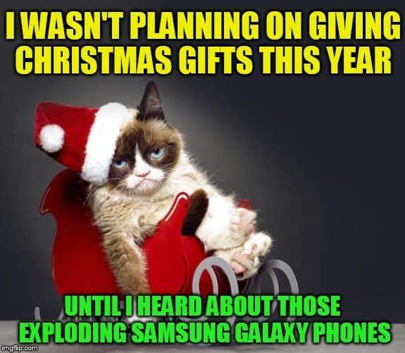 20 Super Funny Christmas Memes (Volume 1)   SayingImages.com